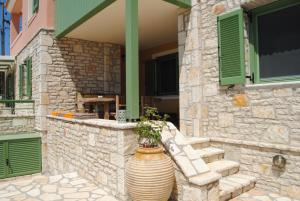 Villa Tati, Дома для отпуска  Kastós - big - 39