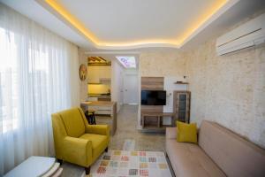 Hanzade Home