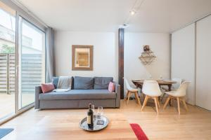 Apartment With Terrace And Parking Bordeaux