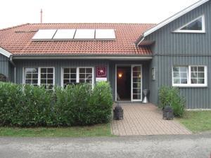 Regenbogen Ferienanlage - skandinavisches Ferienhaus - [#69254], Holiday homes  Boltenhagen - big - 7