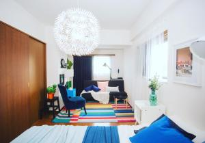 Beautiful Designer's Home at Nishi-Shinjuku. 1 Minute away from Nishishinjuku Gochome station. 4 min