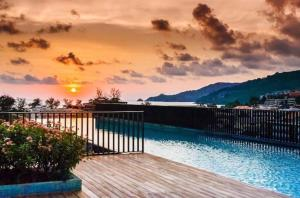 The Deck Patong by Joy, Appartamenti  Patong Beach - big - 65