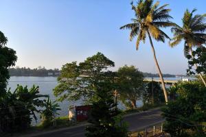 Omkaram Homestay, Privatzimmer  Trikunnapuzha - big - 7