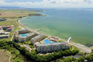 Aheloy Sea and Pool View Apartment, Apartmanok  Aheloj - big - 23