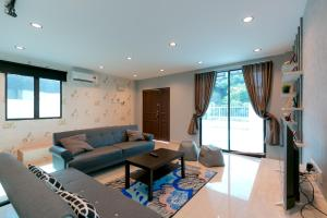 Sanguine Avenue, 384E Perak Road 1-Storey House