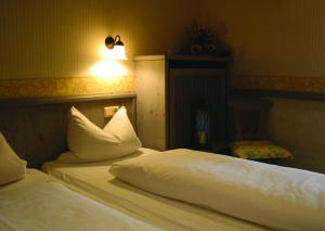 Gasthof & Hotel Goldene Krone, Szállodák  Iphofen - big - 5