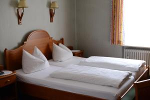 Gasthof & Hotel Goldene Krone, Szállodák  Iphofen - big - 8