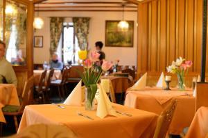 Gasthof & Hotel Goldene Krone, Hotels  Iphofen - big - 16
