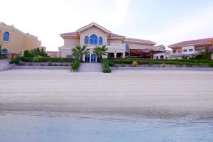 Six Bedroom Villa - Palm Jumeirah
