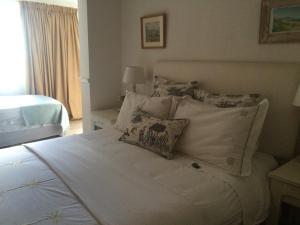Albion B&B, Bed and Breakfasts  Bloemfontein - big - 3