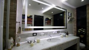Sporting Suite Studio, Apartments  Alexandria - big - 36