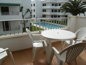 Apartamento Cala Montgo 11, Apartments  L'Escala - big - 42