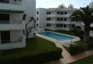 Apartamento Cala Montgo 11, Apartments  L'Escala - big - 24