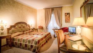 Grand Hotel Helio Cabala, Hotels  Marino - big - 9