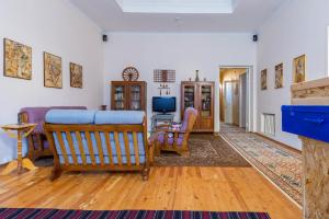 Al Amin, Bed and breakfasts  Tashkent - big - 71