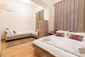 Al Amin, Bed and breakfasts  Tashkent - big - 6