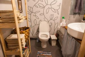 Hostel Chickadee, Ostelli  San Pietroburgo - big - 66
