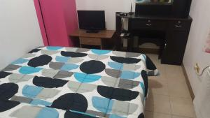 Fully Furnished Studio Apartment-Isabelle Garden, Apartments  Manila - big - 13
