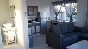 29 Carissa Street, Apartmány  Somerset West - big - 1