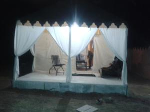 Leopard nature camp, Luxury tents  Bāli - big - 14