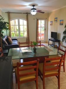 Wacamaya 6B, Apartmány  Palm-Eagle Beach - big - 5