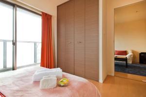 5 min Namba/tower app upper floor! Superb view!, Ferienwohnungen  Osaka - big - 11