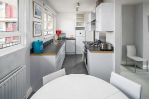 Bright Spacious 2 bed 1.5 bath in Clapham, Apartments  London - big - 6
