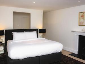 Stunning 3-bed 3-bath in Kensington, Apartments  London - big - 11