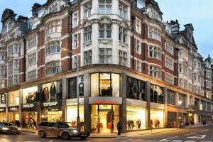 Stunning 3-bed 3-bath in Kensington, Apartments  London - big - 23