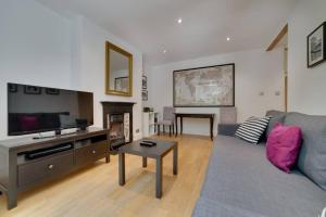 Entire Home in Islington sleeps 4 with garden, Apartments  London - big - 21