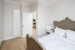 Luxurious Bright 1 bed in Chelsea, Apartmanok  London - big - 5