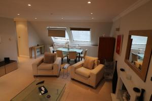 Chase Court Beaufort Gardens Apartment, Apartmány  Londýn - big - 16