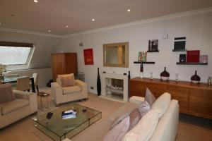 Chase Court Beaufort Gardens Apartment, Apartmány  Londýn - big - 6