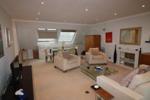 Chase Court Beaufort Gardens Apartment, Apartmány  Londýn - big - 5
