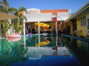 Бангкок - Barefeet Naturist Resort
