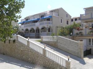 Apartments Vozab