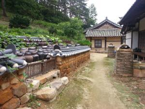 Nosongjung Jongtaek, Vendégházak  Andong - big - 26