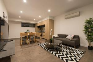 Doncaster Private Collection 2 Bed Townhouse@Pearl