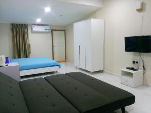 Villa Impiana Perupok, Vily  Kampong Binjai - big - 35