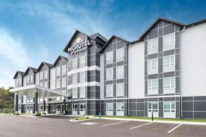 Microtel Inn & Suites by Wyndham Sudbury, Hotely  Sudbury - big - 1