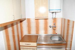 Apartment Stara Novalja 4142a, Apartmány  Novalja - big - 15