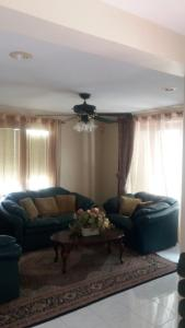Romantic South Coast Condo, Apartmanok  Christ Church - big - 2