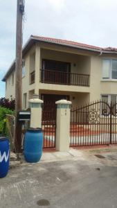 Romantic South Coast Condo, Apartmanok  Christ Church - big - 4