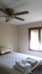 Romantic South Coast Condo, Apartmanok  Christ Church - big - 5