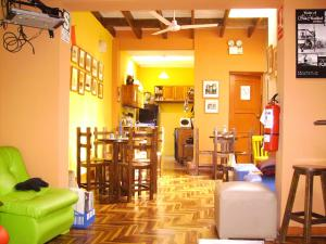 151 Backpacker Hostel B&B
