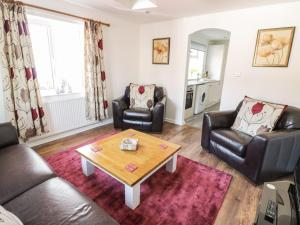 Little White Cottage, Дома для отпуска  Brierley Hill - big - 15