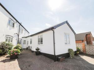 Little White Cottage, Case vacanze  Brierley Hill - big - 16