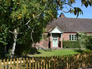 The Moors Cottage, Ferienhäuser  Brimfield - big - 2
