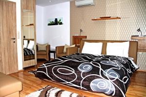 Németh Apartmanok, Apartmány  Sárvár - big - 31