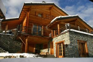 BnB Les Sapins Bleus, Bed and breakfasts  Verbier - big - 1
